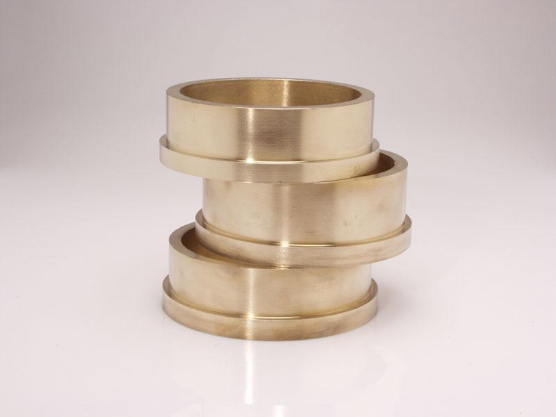 pierścienie brązowe